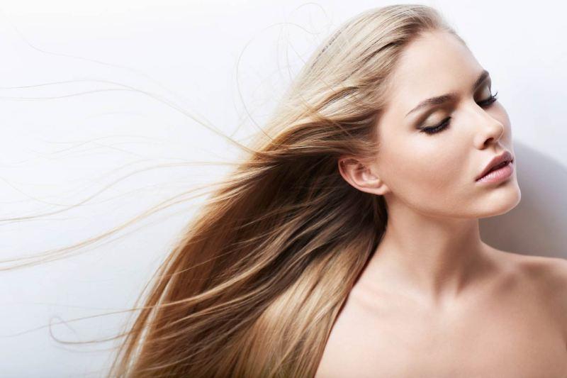 Haare-unter-der-Lupe-Die-höchste-Zeit-für-Haarolen